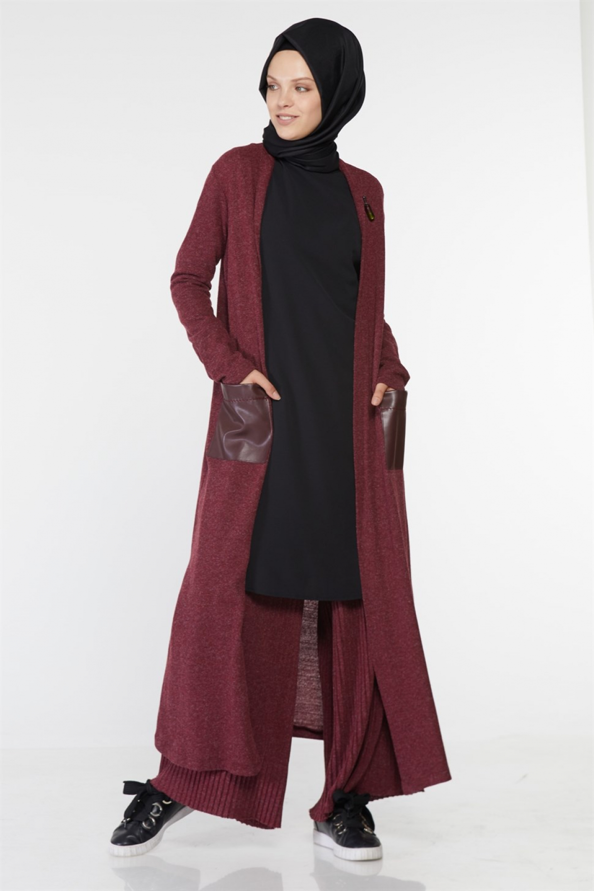 Armine - Women Outfit Set - Claret Red