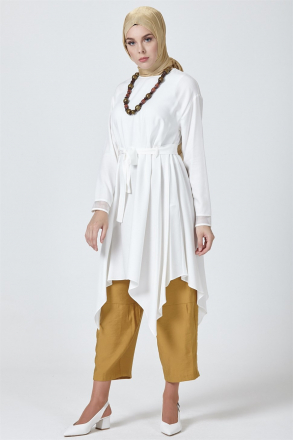 Armine Women Tunic With a Necklace - Beige
